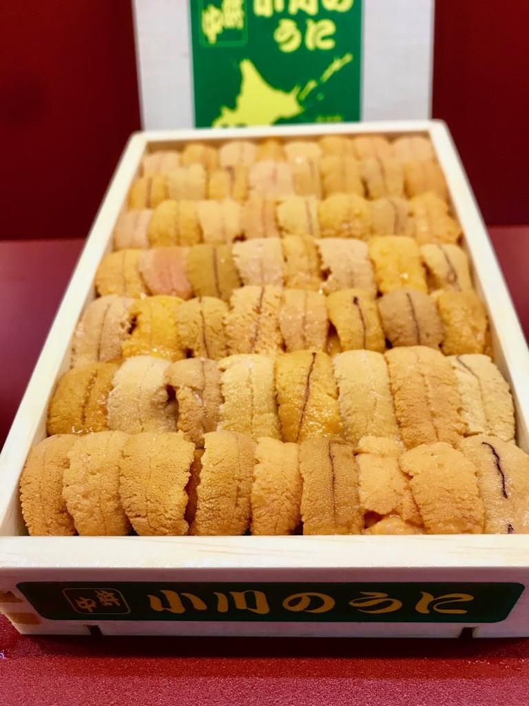 北海道利尻産の「利尻島のウニ」♬ウニもピンキリですが、まず食べてください♬前回の3特 赤利尻も最高ですが・・。形・甘み・香り・・・。是非!!
